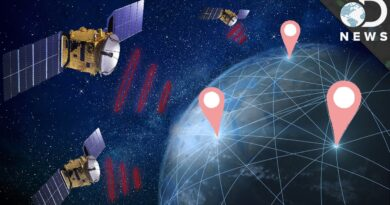 How to Track a Cell Phone By Satellite